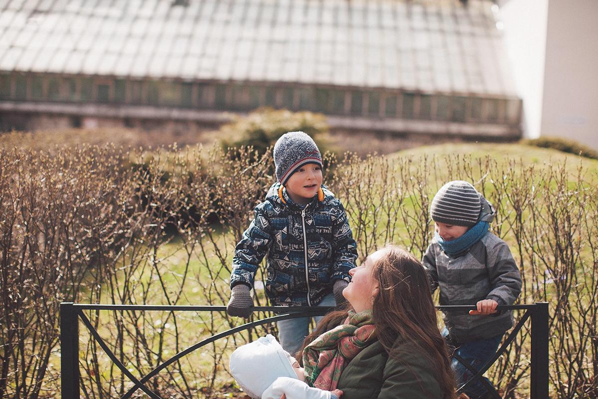 Лена Леонова с детьми обо мне блог