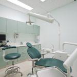 Боитесь стоматологов? 5 вещей, которые помогут сделать прием комфортным