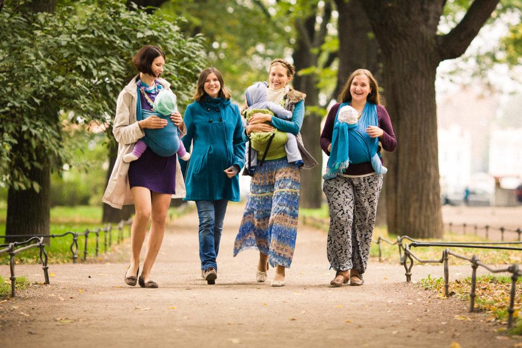 международная неделя слингоношения 2013 прогулка в Александровском парке